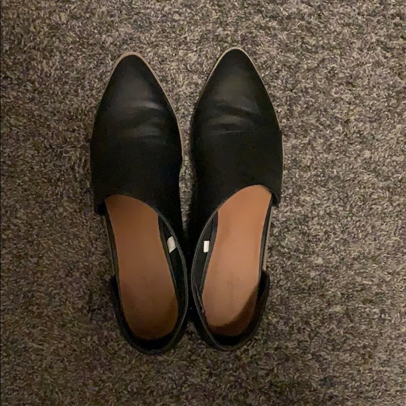 Universal Thread Shoes - Cute black shoes!!